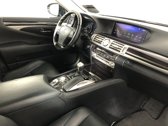 Certified Pre-Owned 2017 Lexus LS 460 AWD